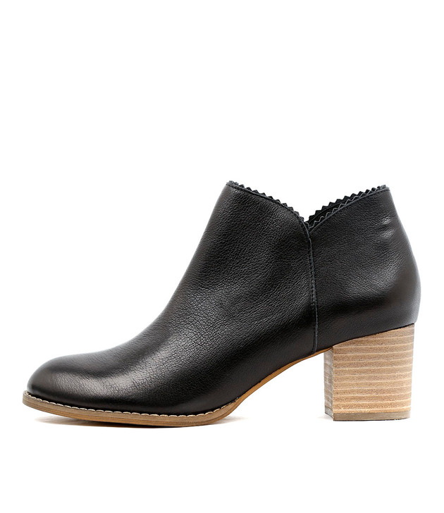 SHARON Ankle Boots in Black Leather