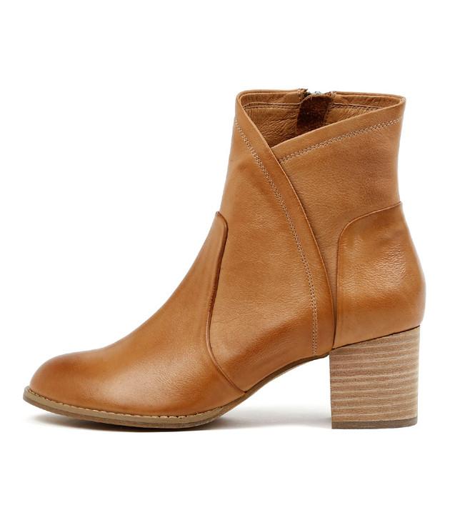 SLACK Heeled Boots in Dark Tan Leather