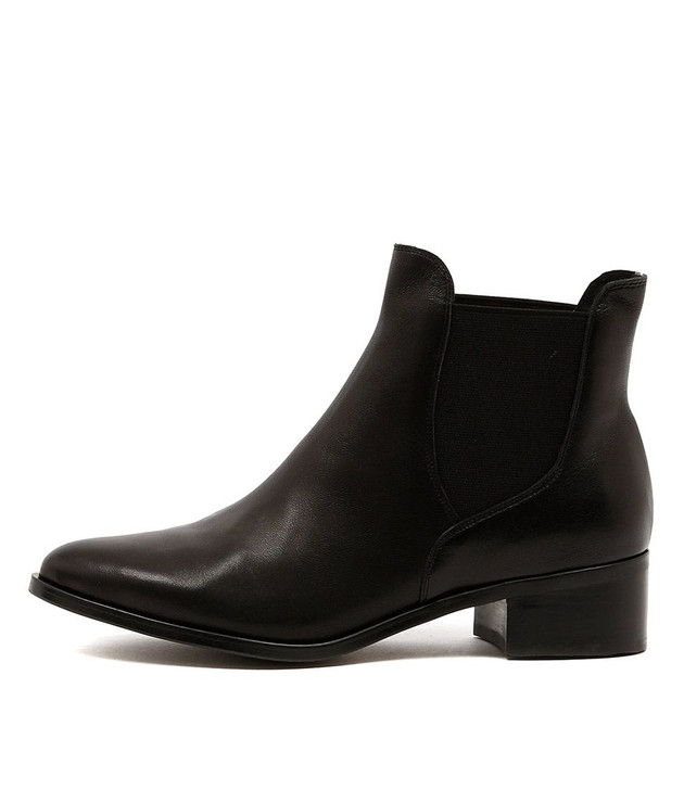 PANCHO Ankle Boots in Black Leather