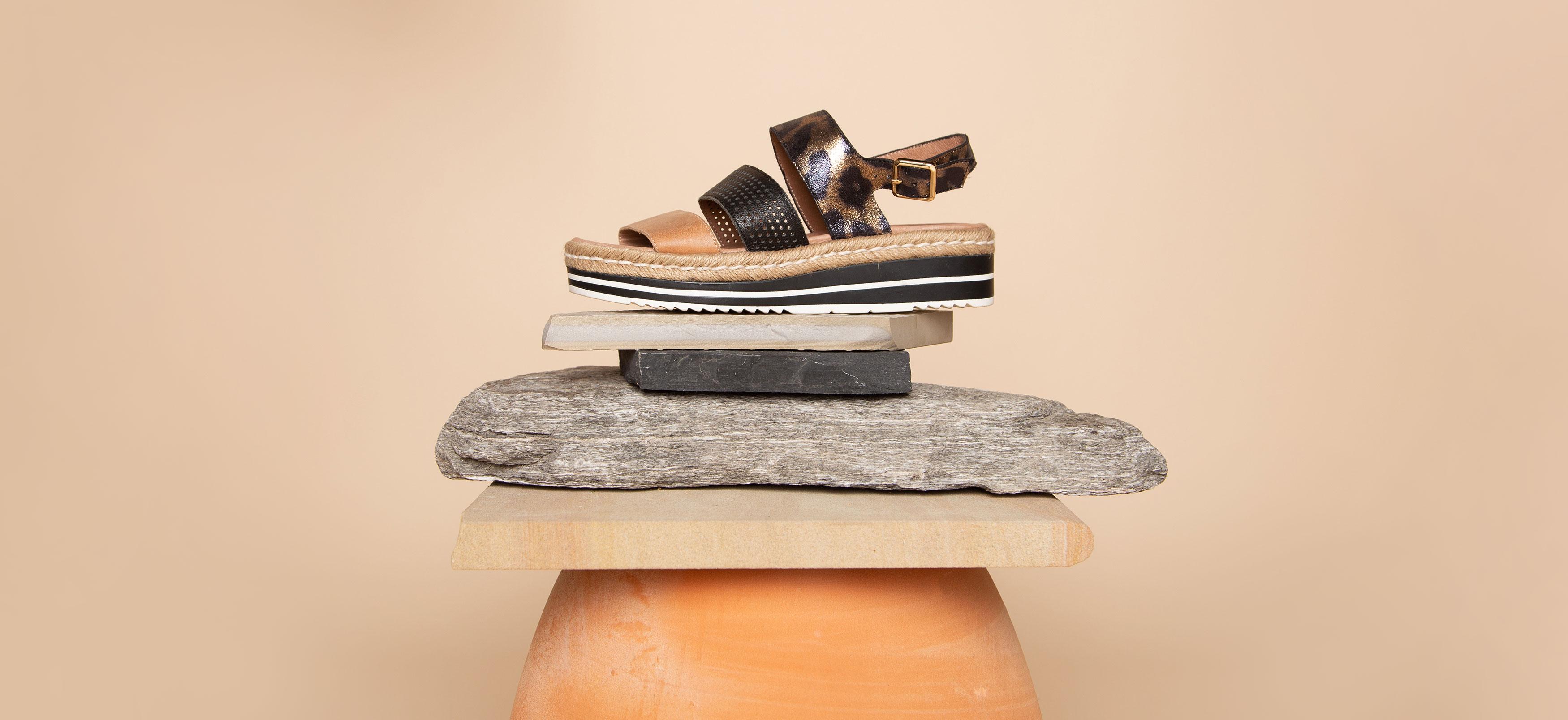 9f68af32b8778 Django and Juliette Shoes