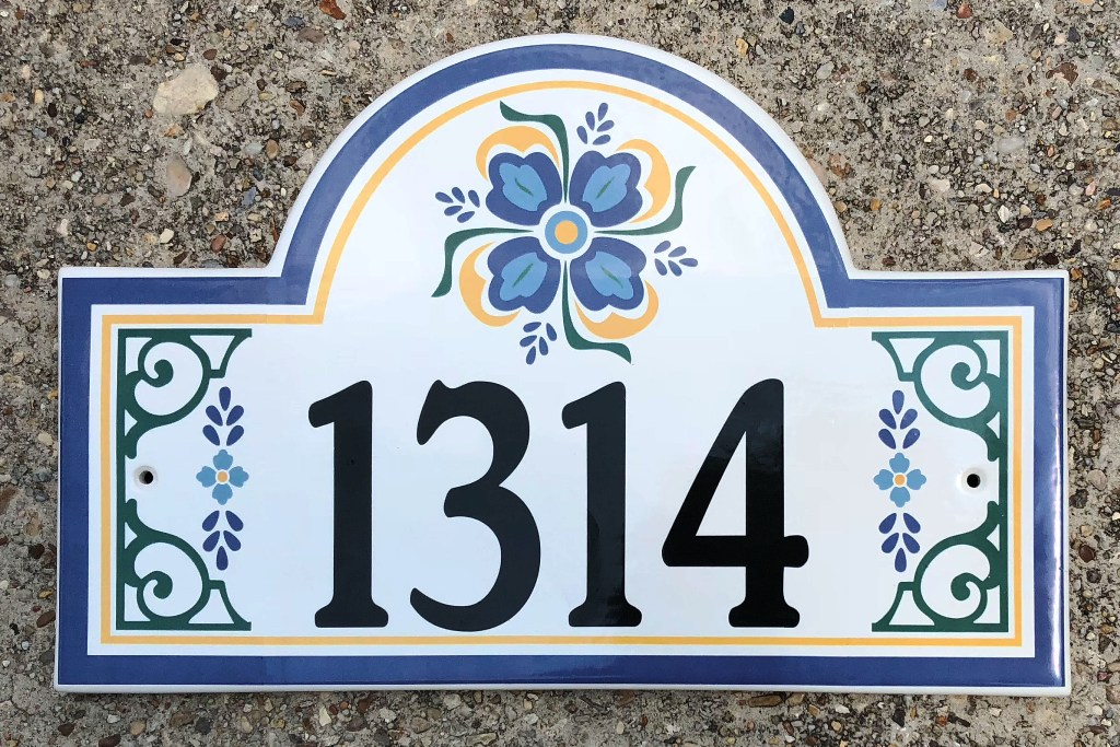 spanish-style-house-number-plaque-2018.jpg