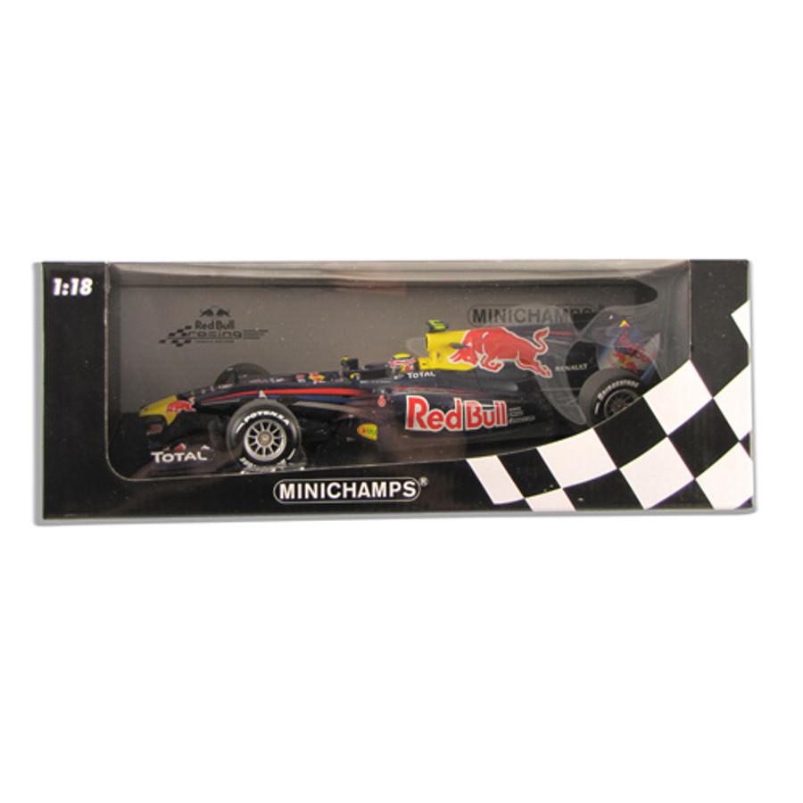 Mark Webber Signed Minichamps 1:18 2010 Model