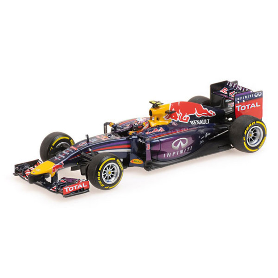 Daniel Ricciardo 2014 Minichamps 1/18 Red Bull car signed