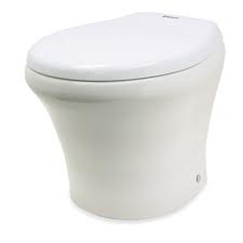 8900 MasterFlush with standard Slow-Close Seat and Lid