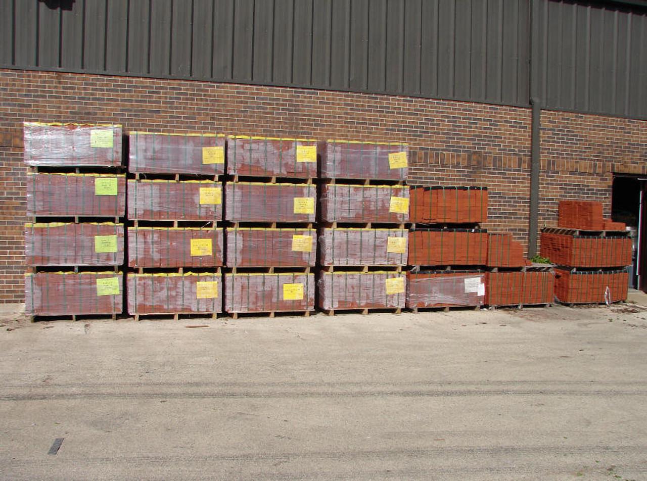 "(702) Pallet - 4"" x 8"" x 1-1/2"", LaserGrade Red Street Paver Bricks - No Lugs"