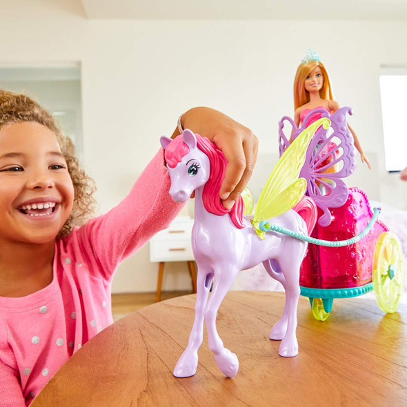 BARBIE DREAMTOPIA FANTASY PRINCESS WITH HORSE CHARIOT