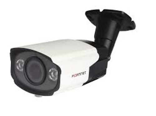 FortiCam-CB20, 2 Megapixel Bullet IP Camera, IR/Night Vision, 2.8 - 12mm varifocal lens, Indoor/Outdoor Use, Rated IP66