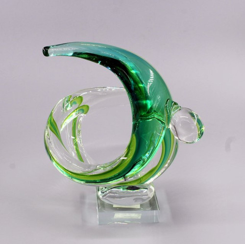 "[00950] 10"" glass couple sculpture"