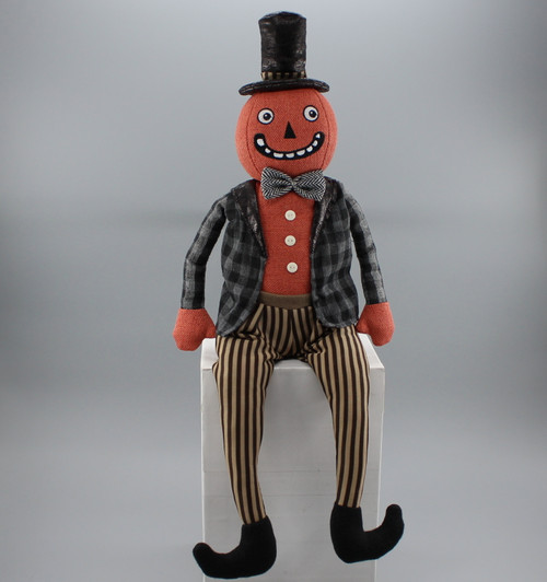 "[52820] 24""Halloween sitting pumpkin man"
