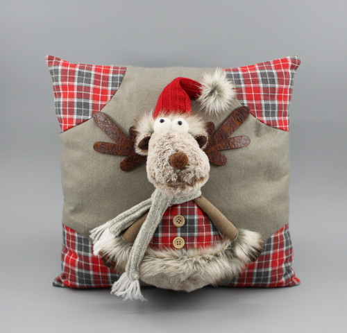 "[52978] 13.75""Christmas pillow with moose"