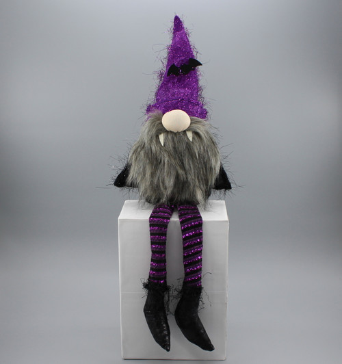 "[53020] 24""Halloween sitting vampire gnome"