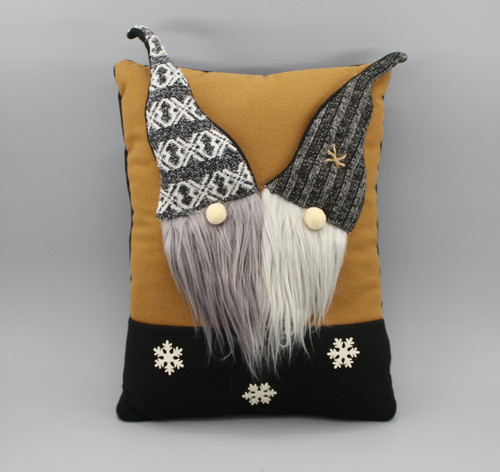 "[53062] 14""Christmas pillow with gnome"