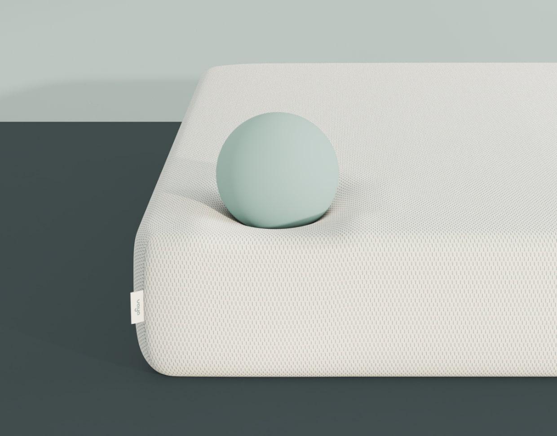 Vaya mattress corner side view