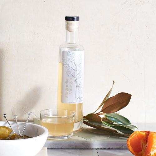 Magnolia Vinegar by Lindera Farms