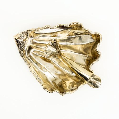 Oyster Cellar by Gogo Jewelry