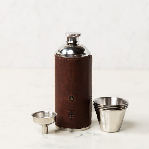 Bottle Flask by Tom Beckbe