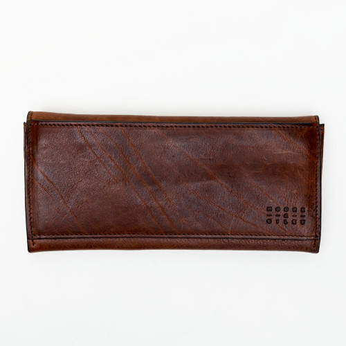 Smith Travel Wallet in Titan Milled Honey by Moore & Giles