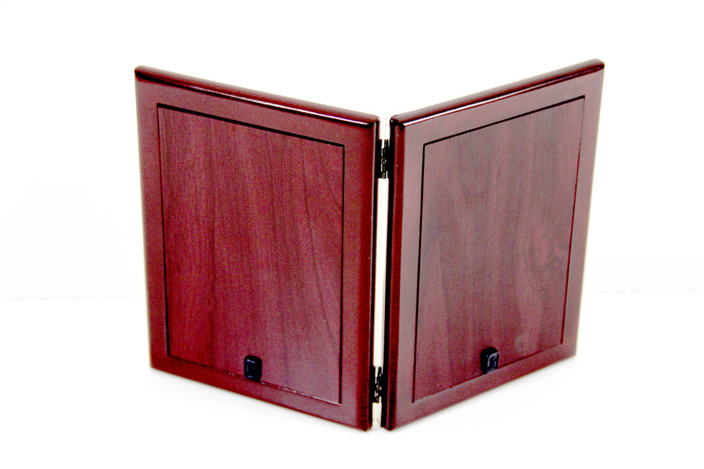 Finest Quality wood Back with sturdy hinges.
