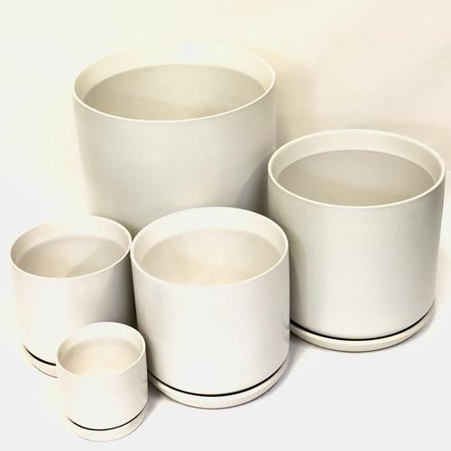 White Pot & Saucer