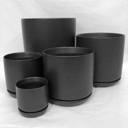 Black Pot and Saucer