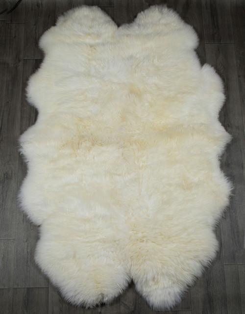 White Quarto Sheepskin Rug