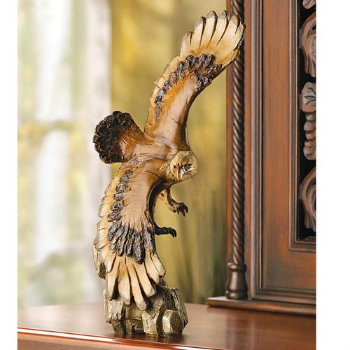 Graceful Eagle Statue