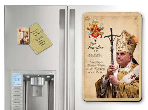 Pope Benedict XVI Commemorative Magnet