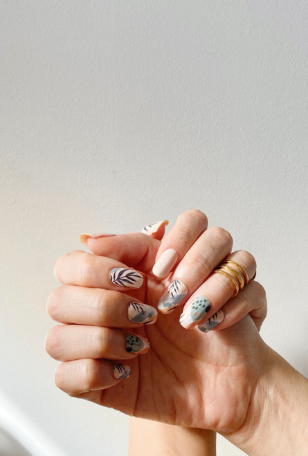 Glossy Up You Nail Wraps Non Toxic & Stylish Nail Wraps for the Woman on the Go | Kew Garden