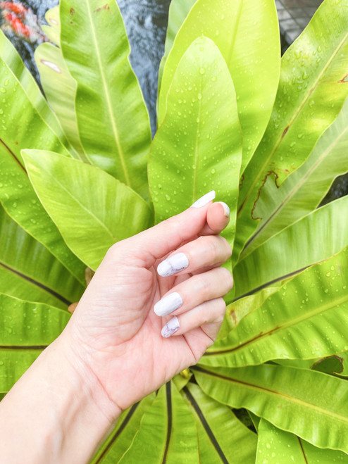 Glossy Up You Nail Wraps Non Toxic & Stylish Nail Wraps for the Woman on the Go | Marble Bianco