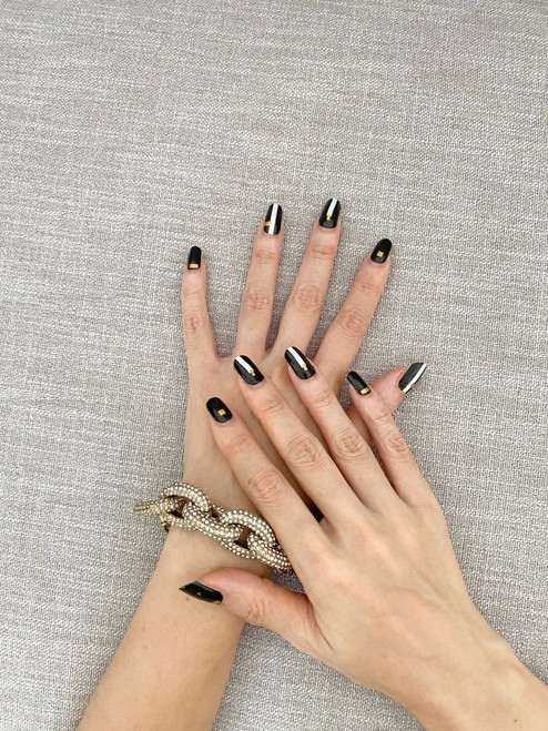 Glossy Up Ms Addams Nails Wraps