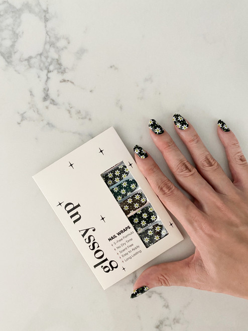Glossy Up You Nail Wraps Non Toxic & Stylish Nail Wraps for the Woman on the Go | Daisy In Black