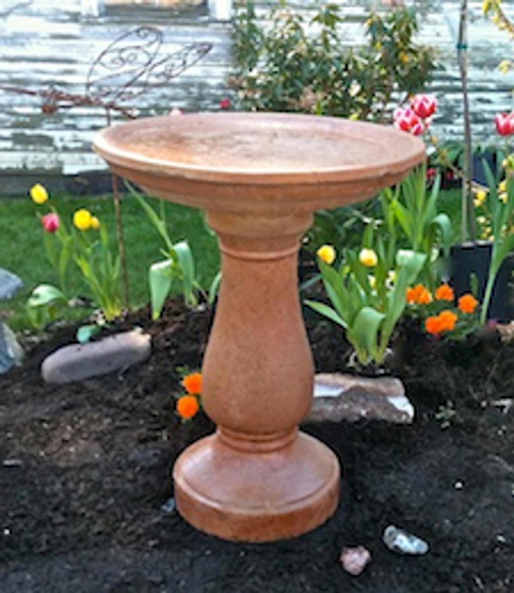 Simple Style birdbath, cement, Simply Divine athena garden cast stone bird bath, two piece concrete bird bath, contemporary bird bath, concrete birdbath, terracotta birdbath
