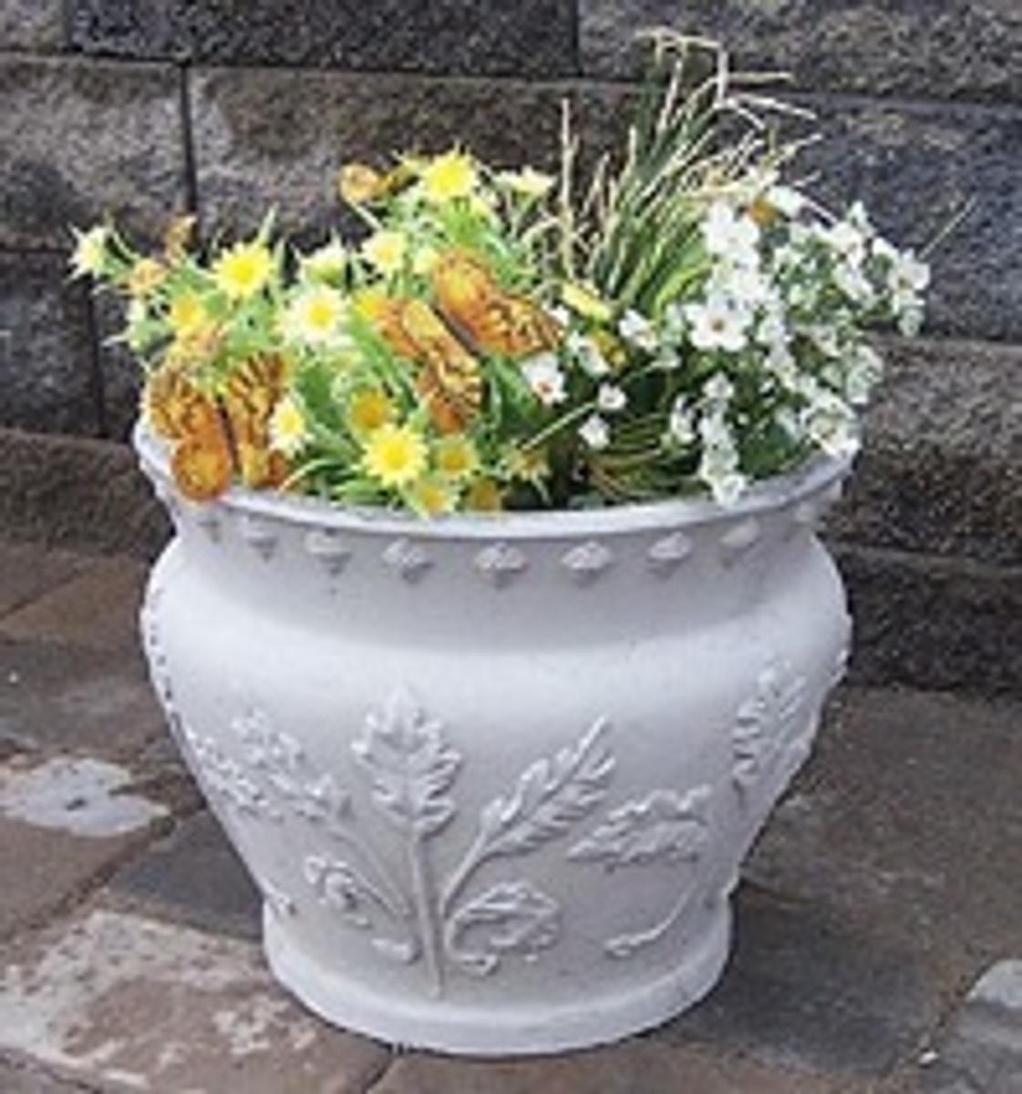 Acorn Planter
