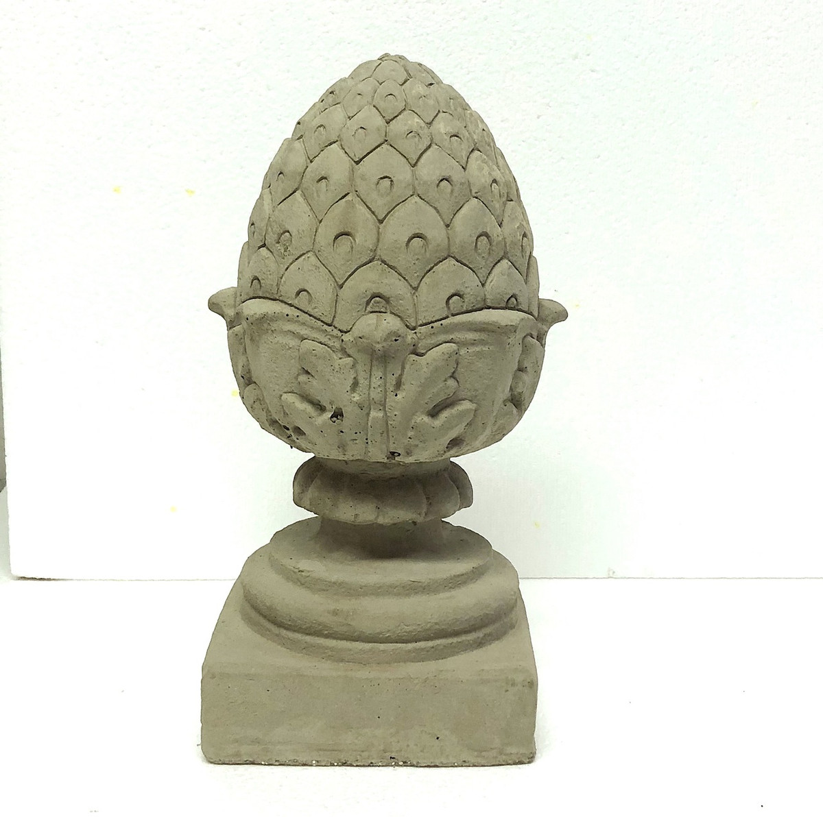 "12"" Pineapple Finial"