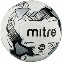 Mitre Mitre Training Size 4 Football 4 Pack with Carry Sack and Pump Set