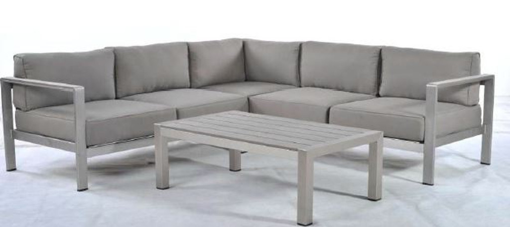 Sanya Sectional (4 pieces)