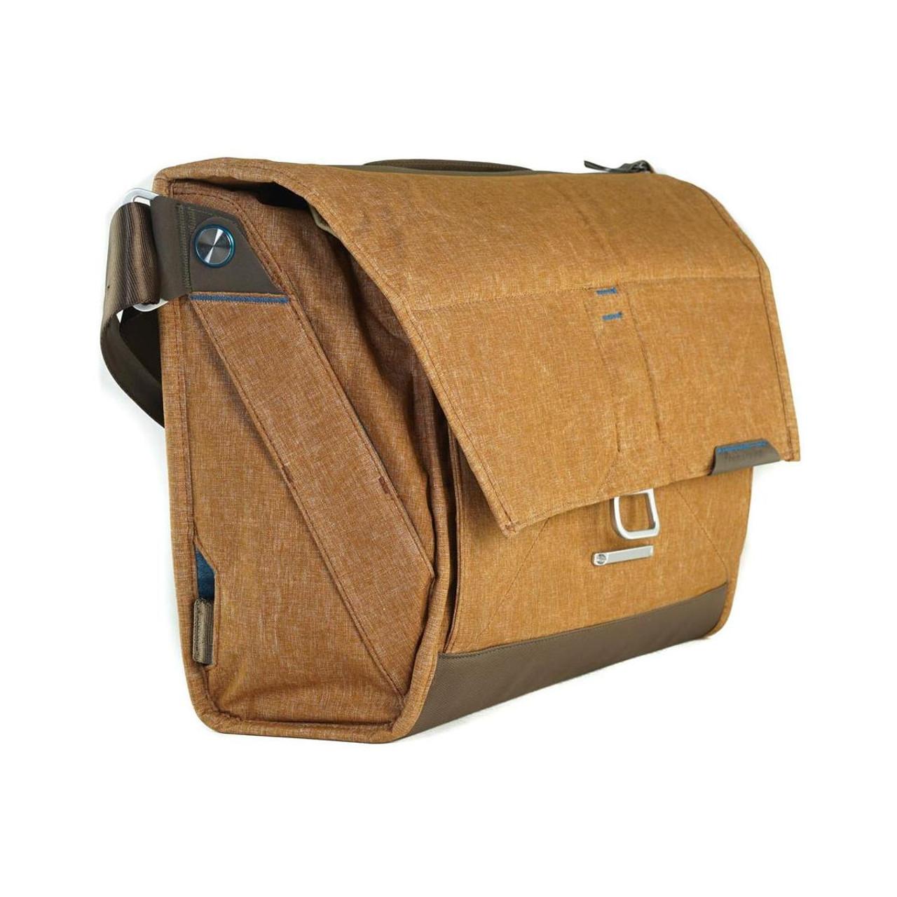 6520de4c4607 Peak Design The Everyday Messenger Shoulder Bag - Heritage Tan ...