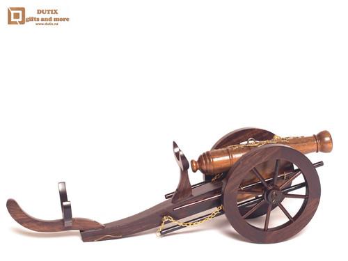 Bottle Holder Cannon