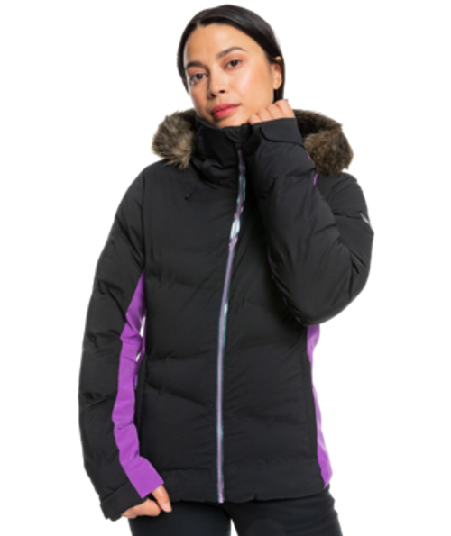 This easy-to-wear Snow Storm Snow Jacket for women is crafted with 15K ROXY DryFlight® technology for serious waterproofing in the toughest weather conditions