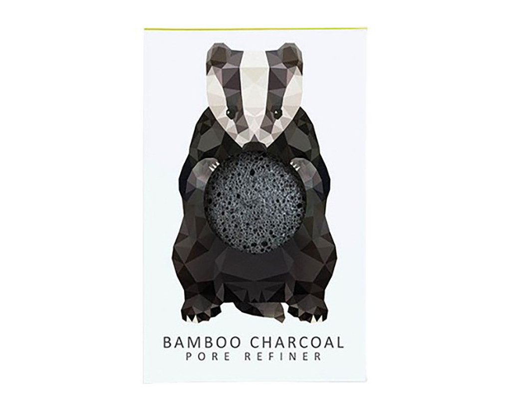 Konjac Mini Pore Refiner Woodland Badger with Bamboo Charcoal