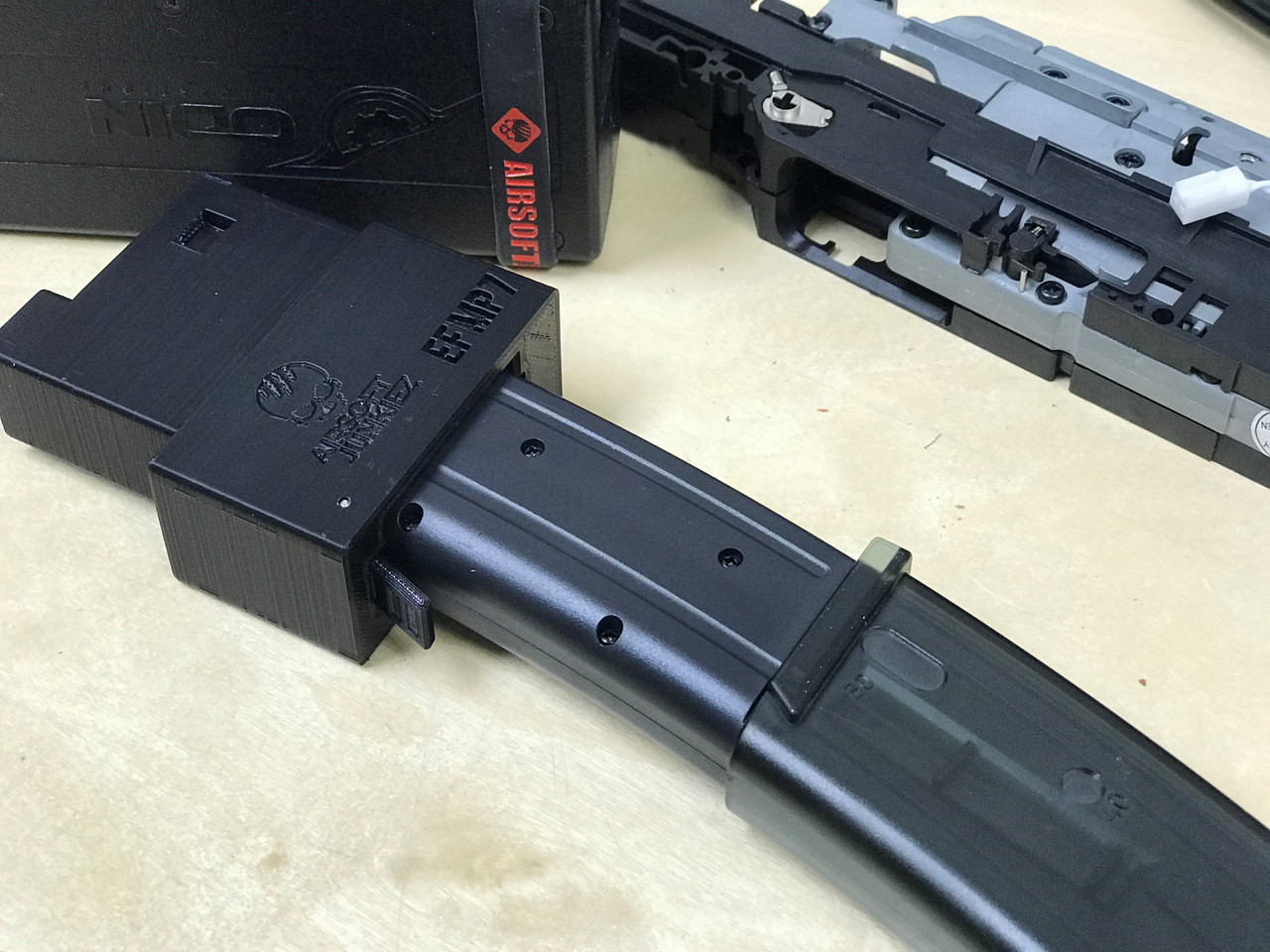 Airsoftjunkiez - Odin Innovations M12 Speed Loader Adapter for Elite Force MP7