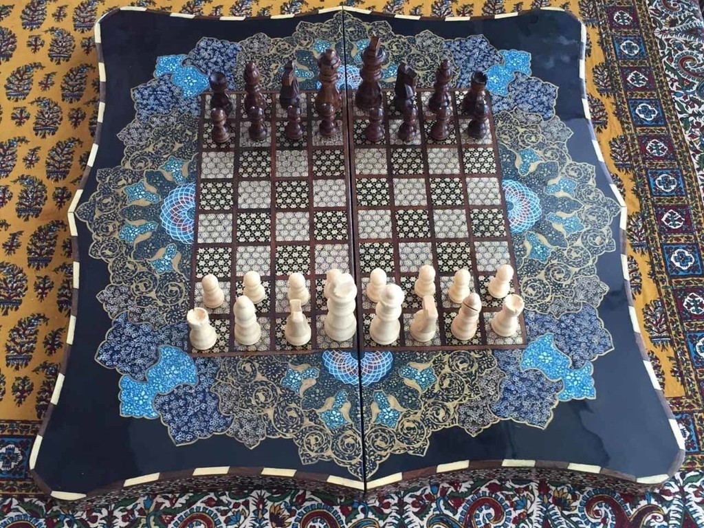 Backgammon & Chess Sets