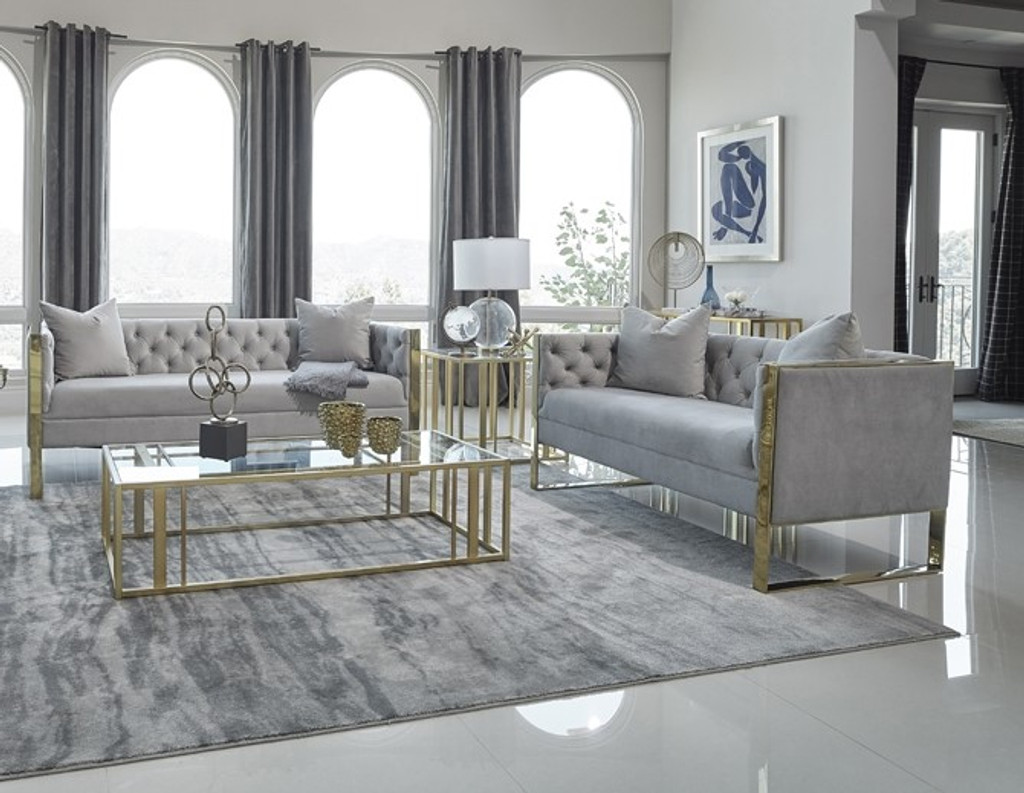 The Eastbrook Living Room Collection