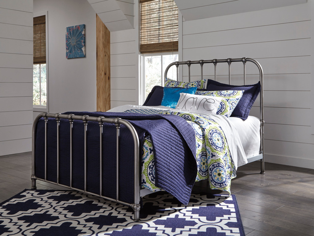 Picture of: The Nashburg Silver Metal Bed Miami Direct Furniture