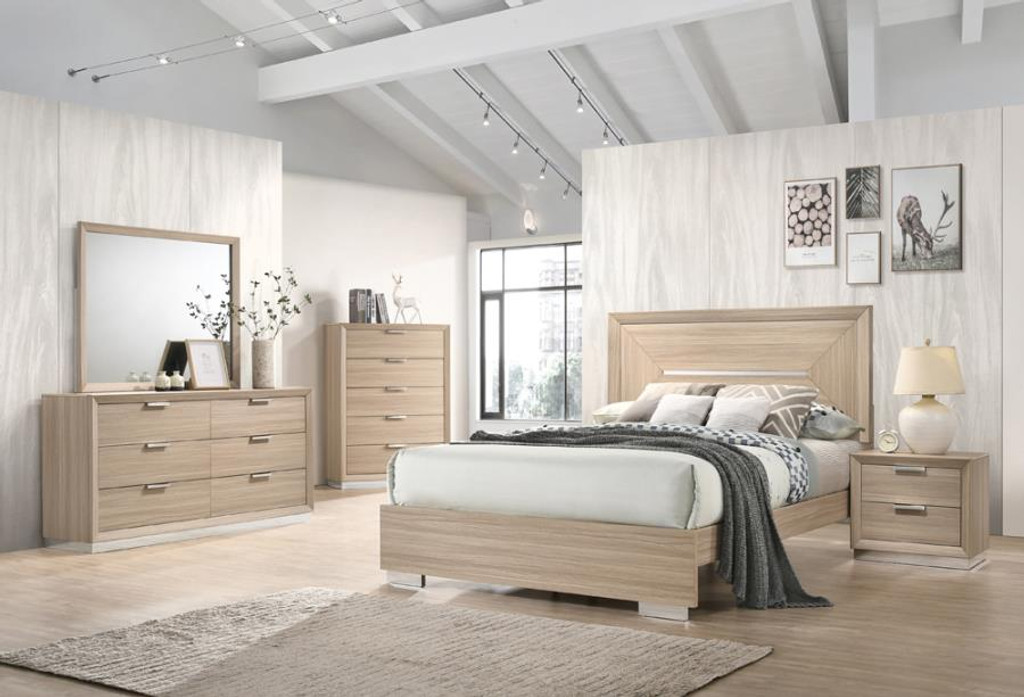 The Lynncrest Bedroom Collection