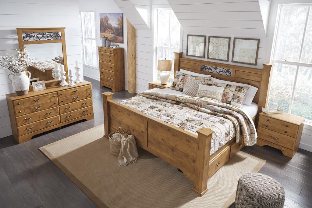 The Bittersweet Queen Poster Storage Bedroom