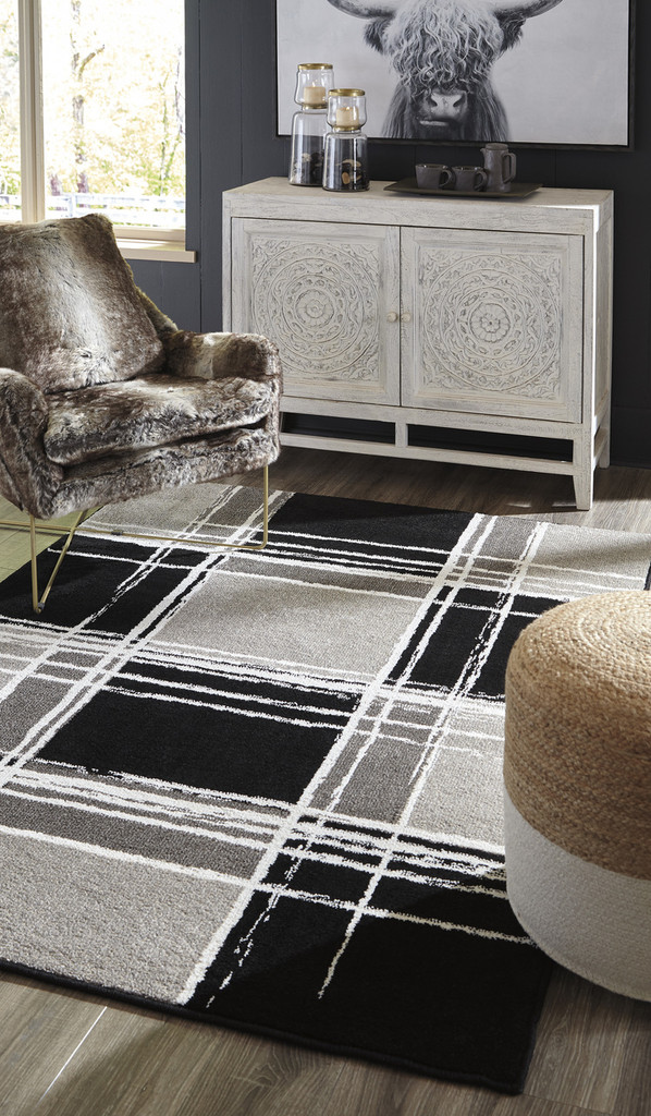 The Ramy Accent Rug