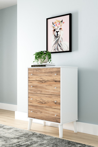 The Four Drawer Piperton Collection Chest