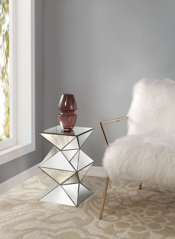 The Nyoka Pedestal Side Table