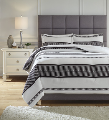 The Masako 3pc Comforter Collection